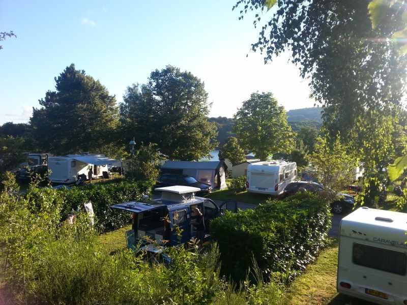 Camping l'Ecrin Nature, Ambazac, Haute-Vienne