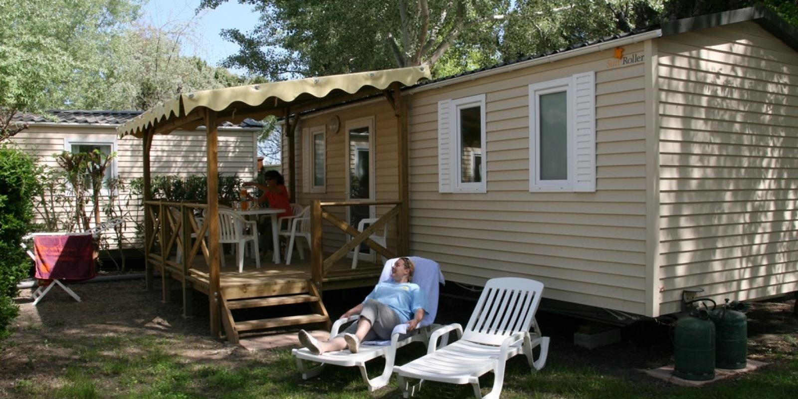 Location - Cottage Camarguais - Camping Abri de Camargue