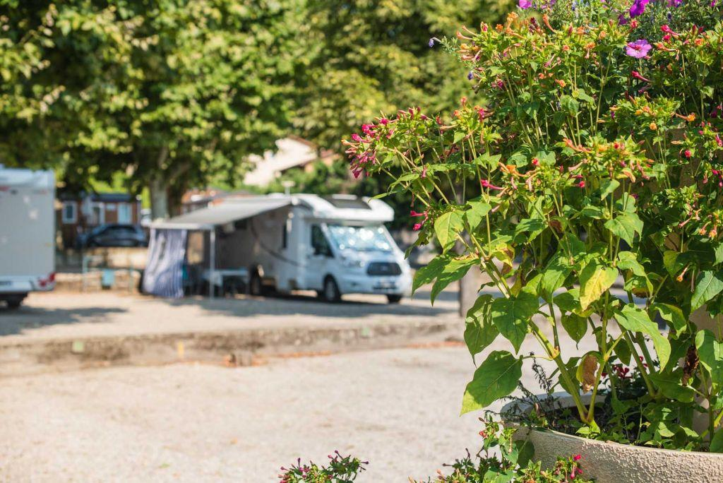Camping des Barolles, Saint-Genis-Laval, Rhône