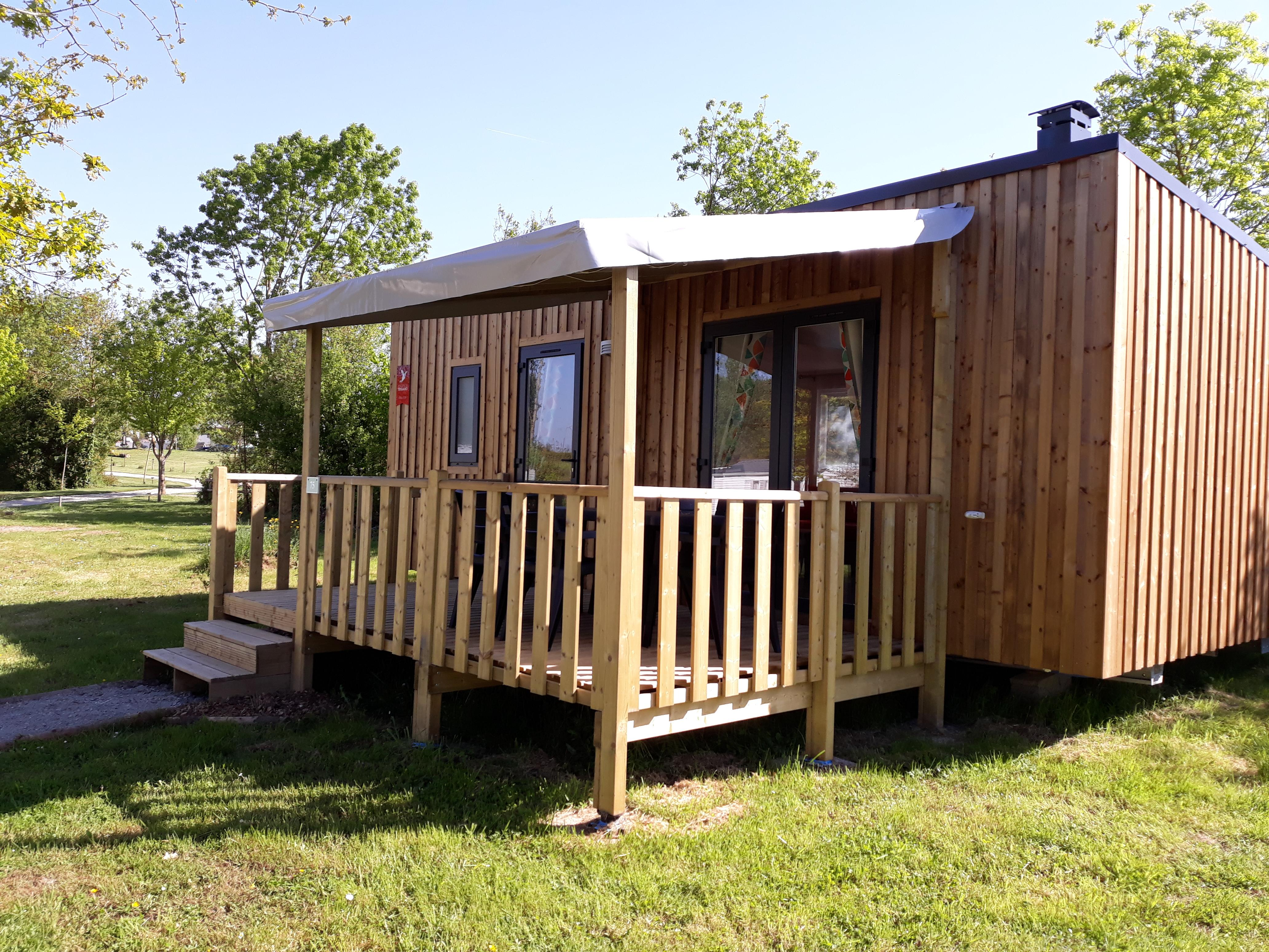 CONFORT+ Mobil home EVO 2 chambres 29m² + terrasse semi-couverte, bardage bois
