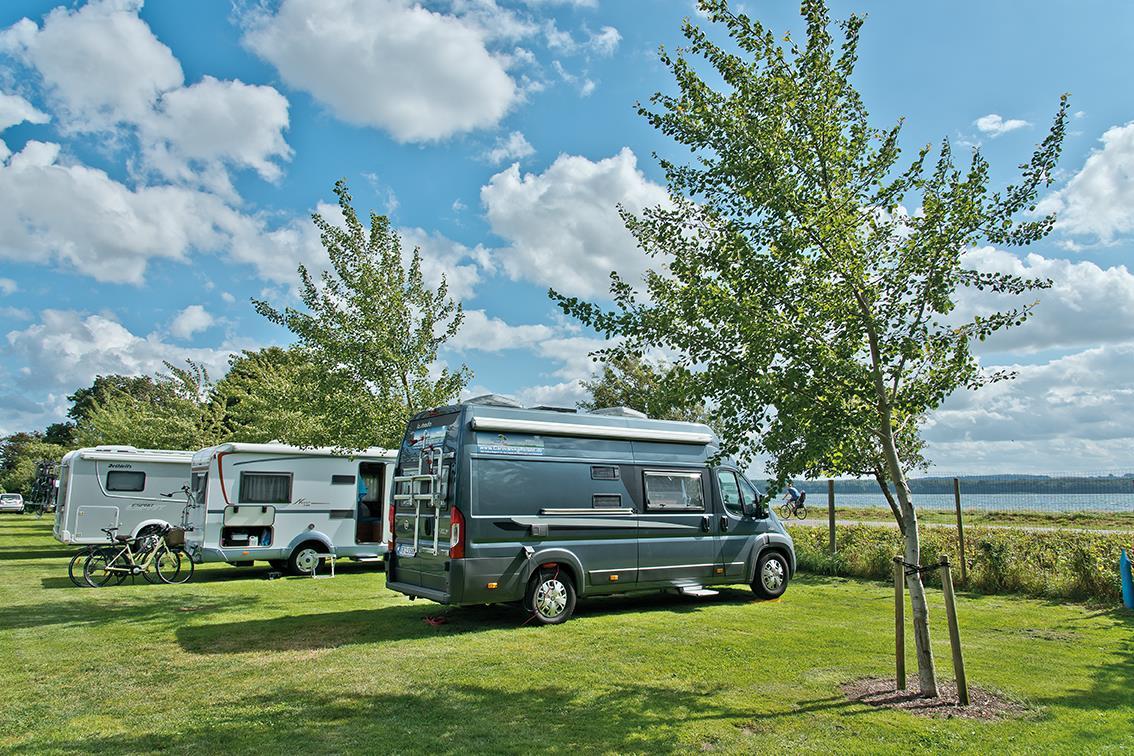 Emplacement - Emplacement Avec Vue Pour Camping-Car Avec De L'herbe - Horsens City Camping