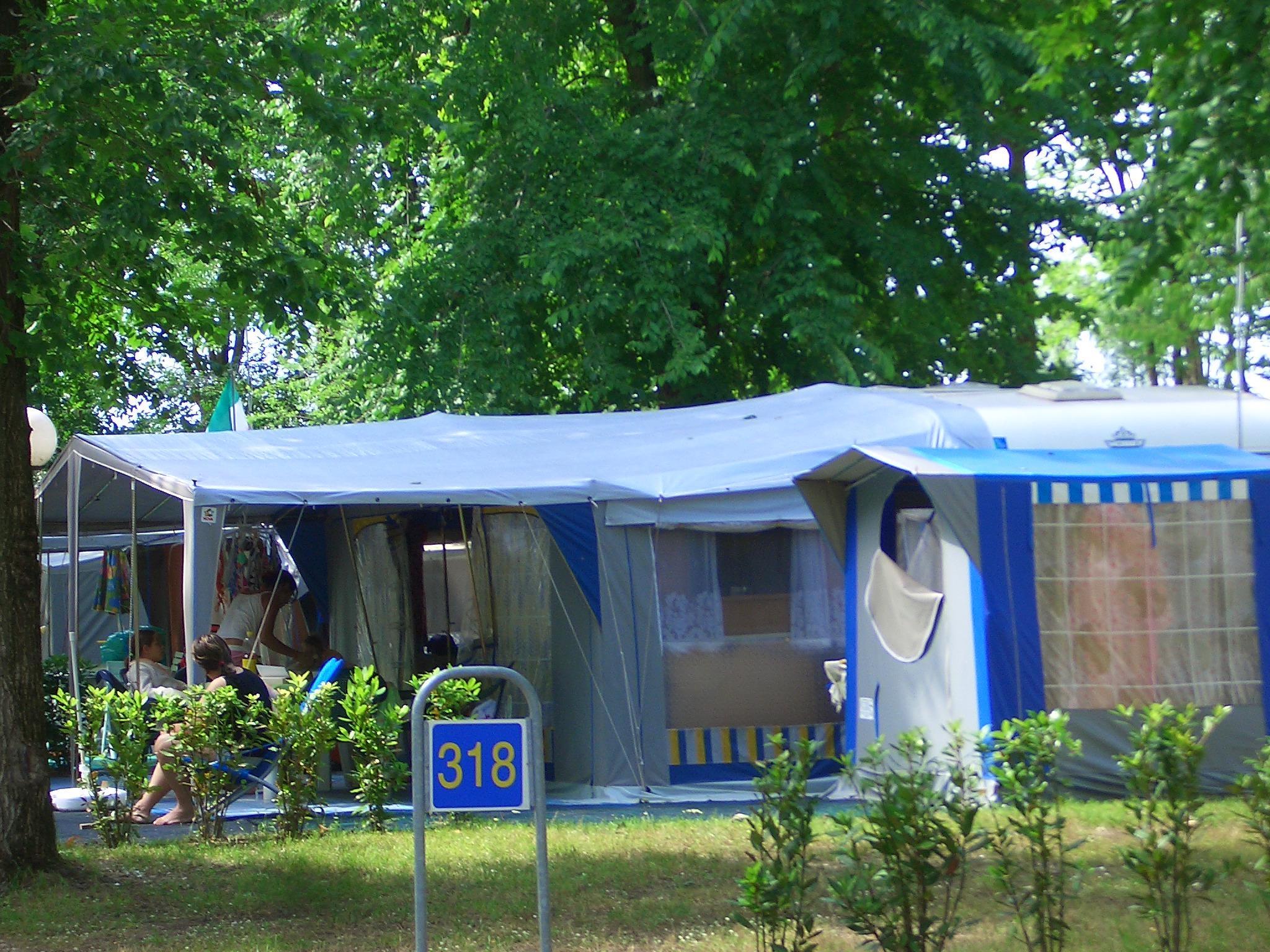 Emplacement - Emplacement Laguna 60/80M² - Tente/Caravane Ou Camping-Car + Électricité - Camping Laguna Village
