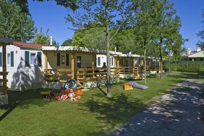 Location - Maxi-Caravan Bürstner - Camping San Marco