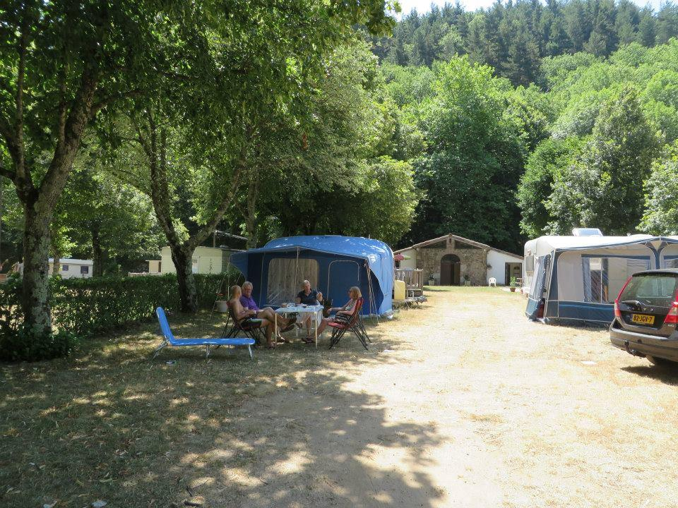 Pitch - Pitch - Camping municipal le Pré Coulet