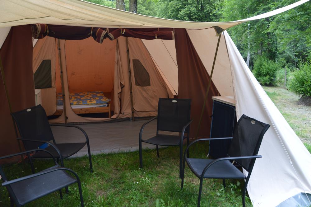 Accommodation - Tent De Waard - Camping municipal le Pré Coulet