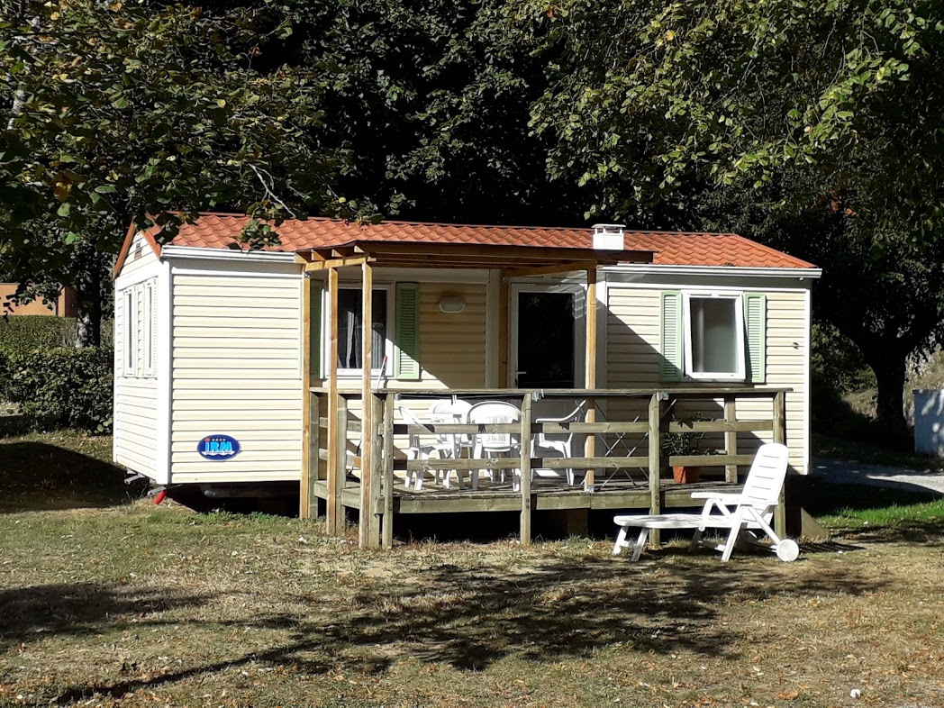 Accommodation - Super Mercurel 27M² - Camping municipal le Pré Coulet