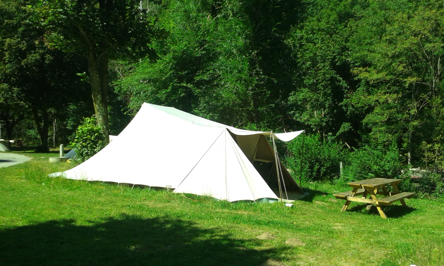 Accommodation - Tent De Waard 15M² Albatros - Camping municipal le Pré Coulet