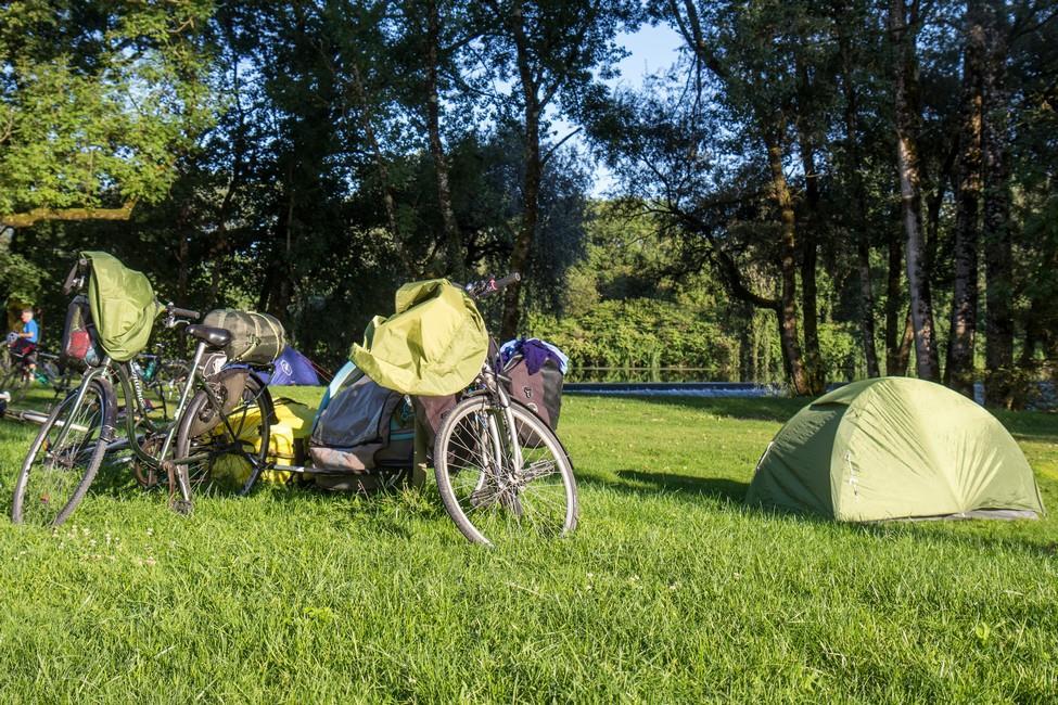 Camping de l'Ile, Ranchot, Jura