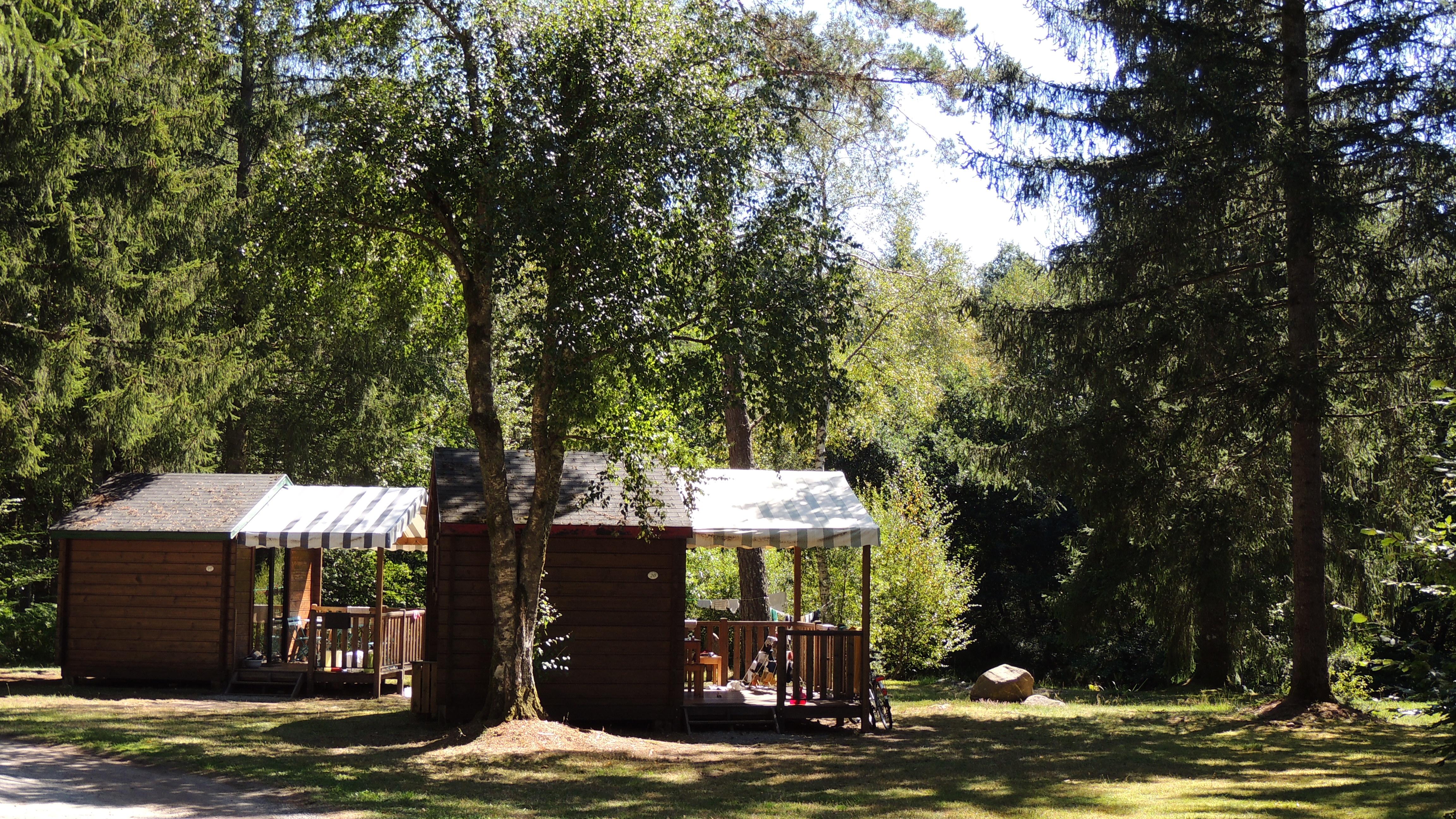 Camping Aux Portes des Mille Sources, Bugeat, Corrèze