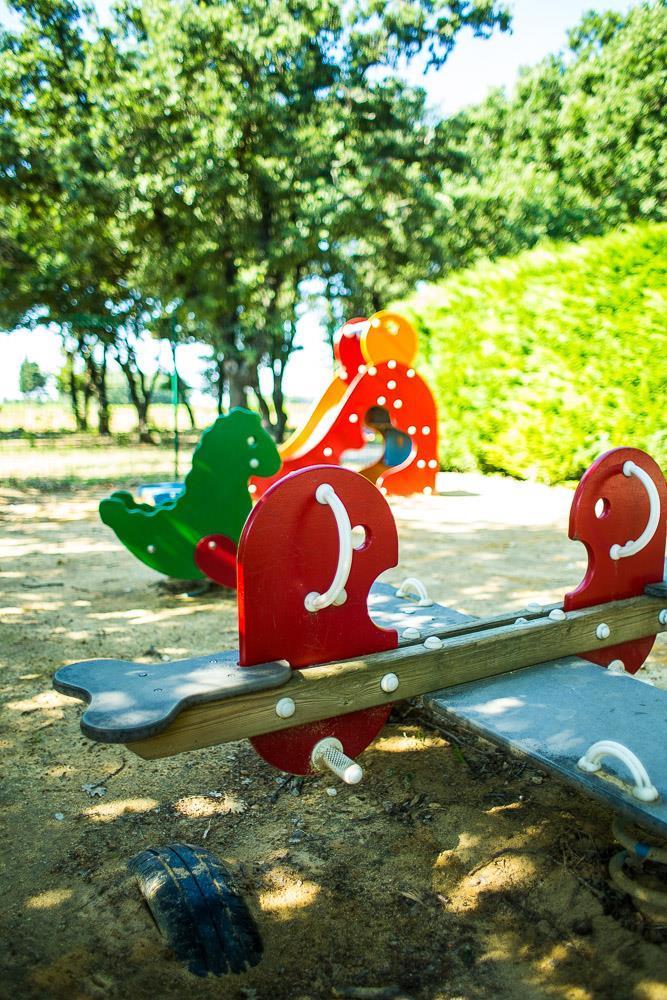 Camping le Bois des Ecureuils, Domazan, Gard