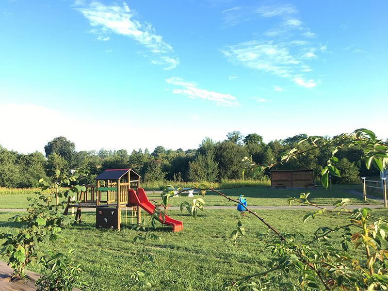 O2 Camping, Longueville, Manche