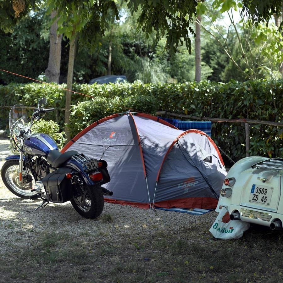 Emplacement - Emplacement : Tente + Électricité 6A - Happy Camping