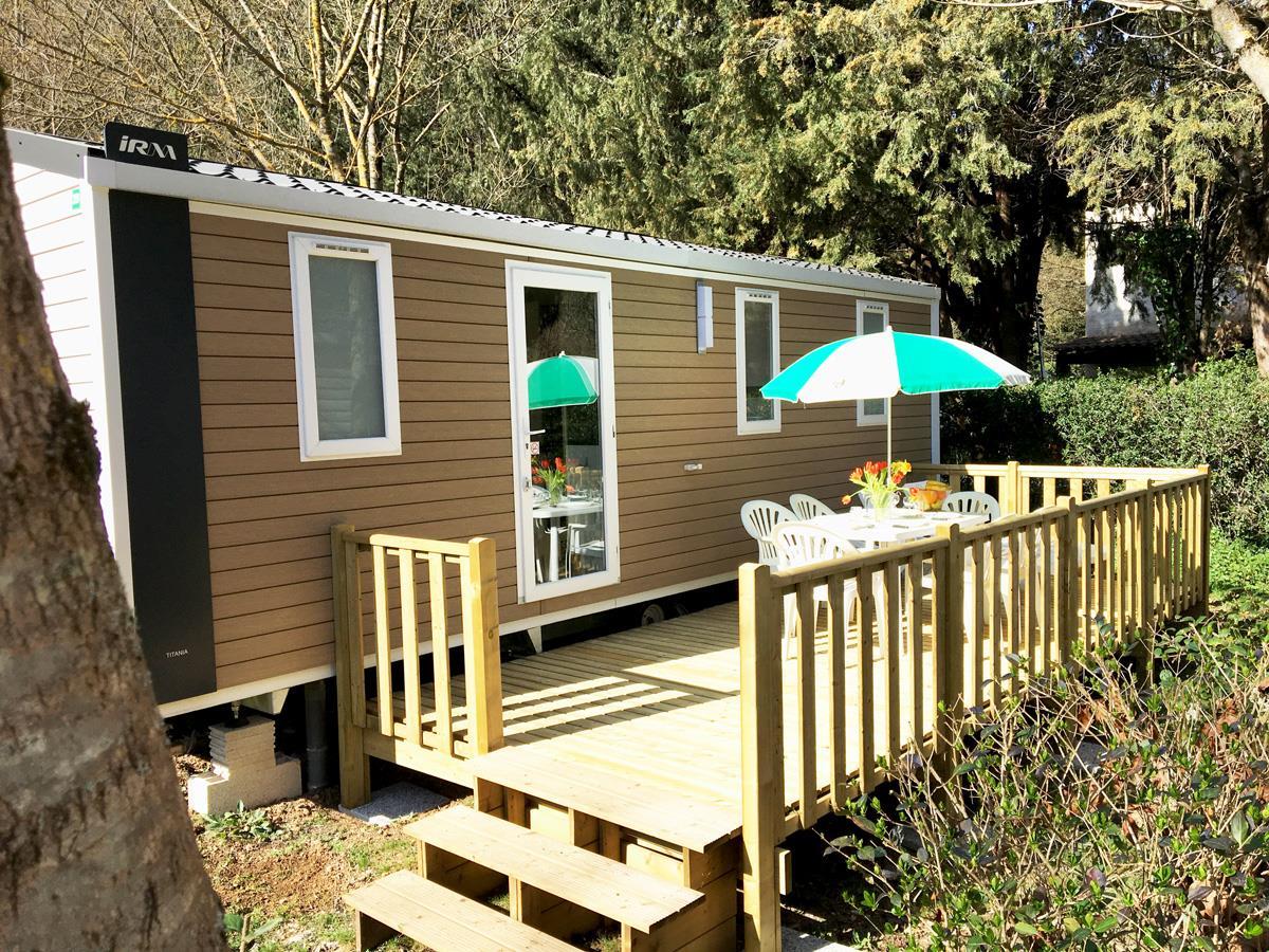 Location - Mobil Home Confort Sans Climatisation + Tv + Wifi Gratuit + 2 Chambres + 24M² - Camping Les Tomasses