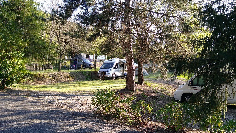 Camping  le Chêne, Tallard, Hautes-Alpes