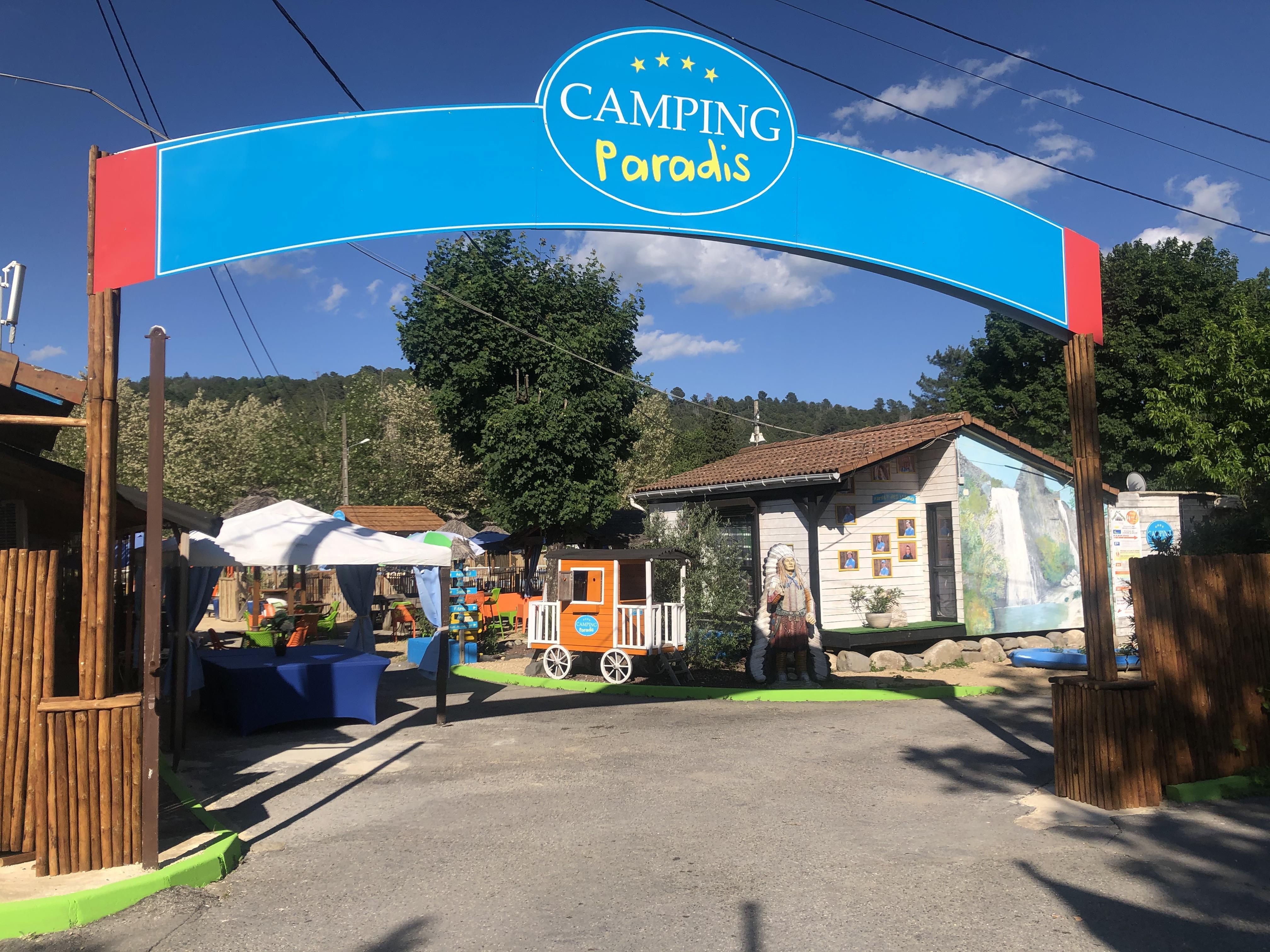Camping Paradis Family des Issoux, Lalevade-d'Ardèche, Ardèche