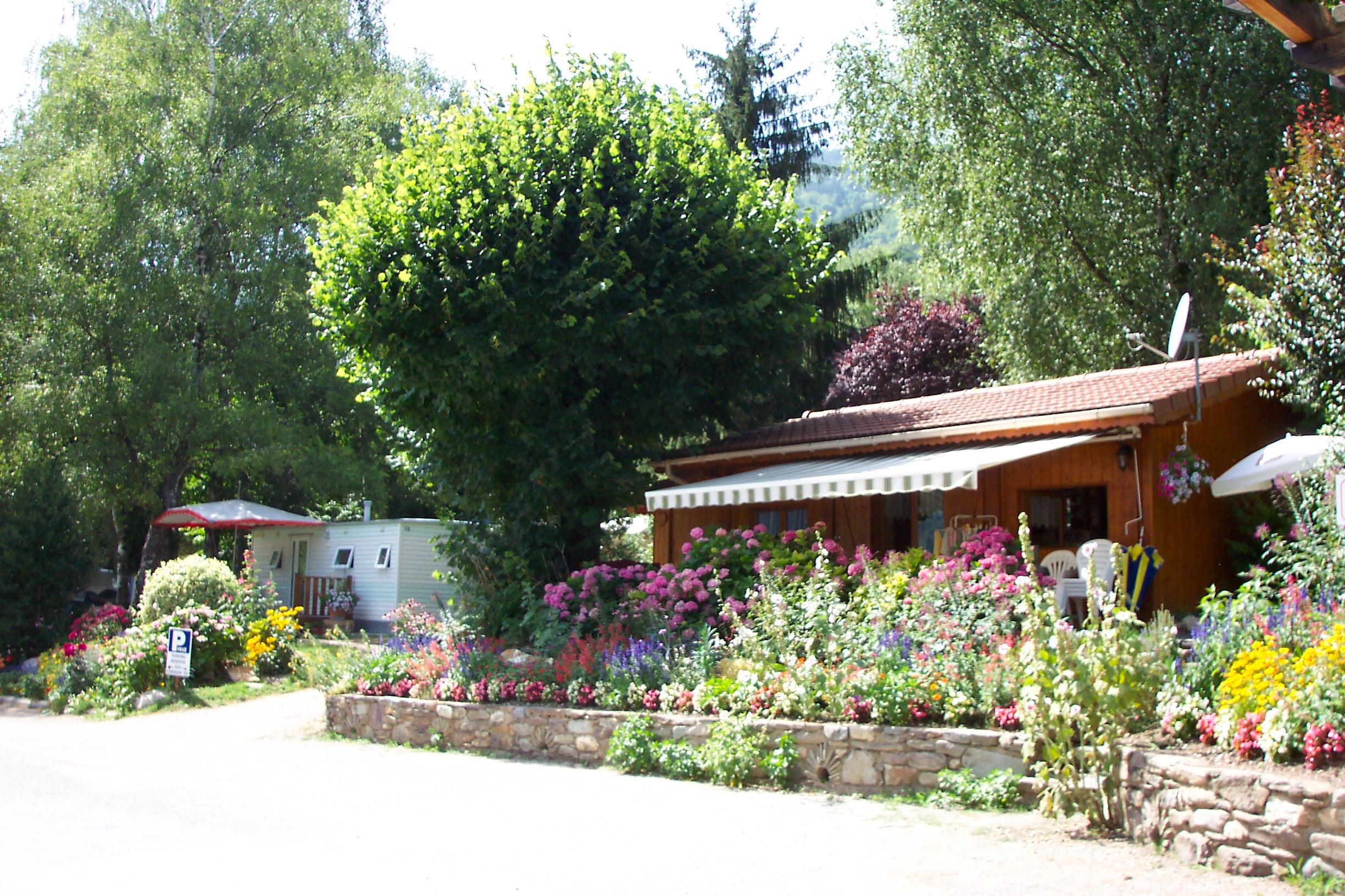 Accommodation - Chalet With Private Facilities - Camping Clair Matin