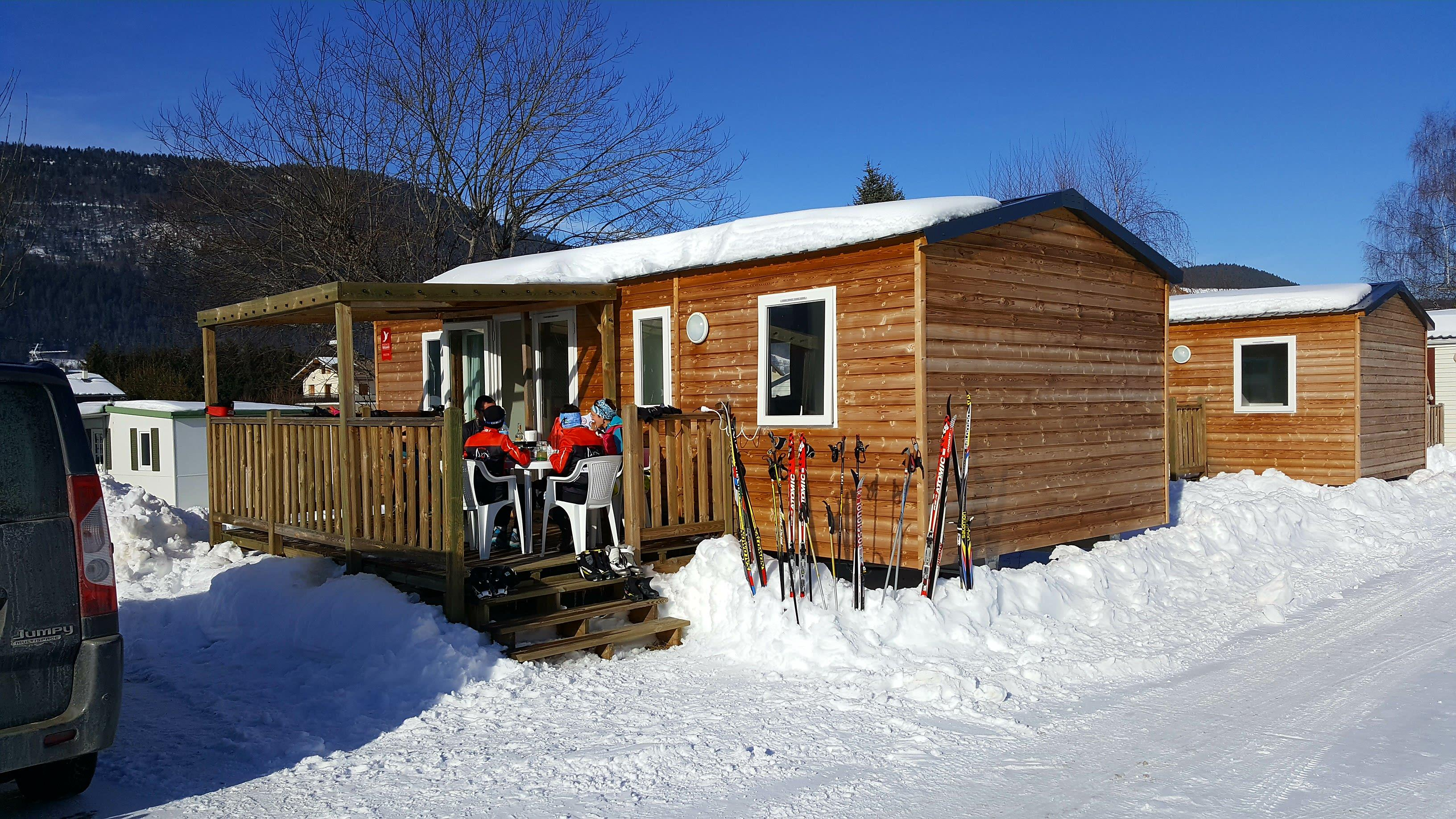 Accommodation - Mobile Home Confort+ Lupin 35M² - 3 Bedrooms +  Terrace 12M² - Camping Le Vercors
