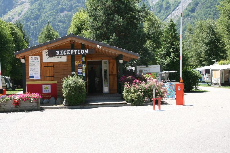 Camping le Colporteur, Le Bourg-d'Oisans, Isère