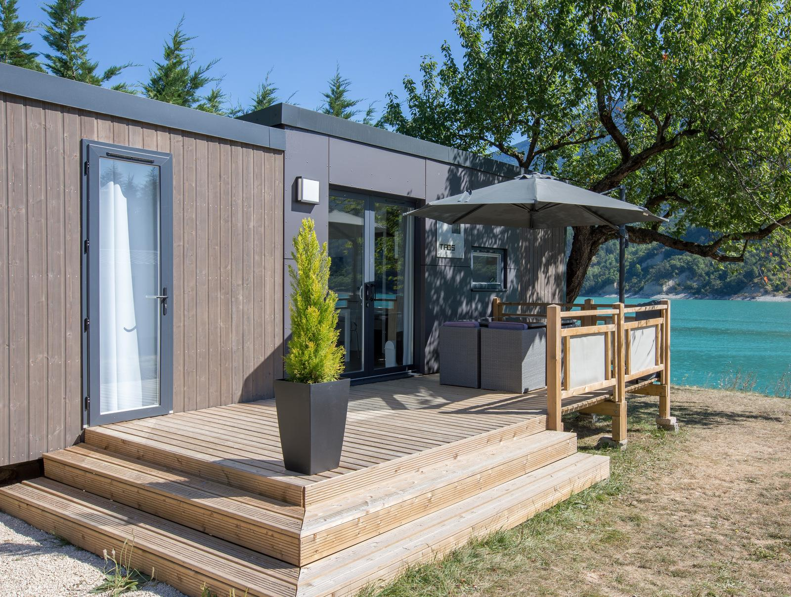 Location - Mobilhome Grand Confort Taos 2 Chambres Bord Du Lac - Camping D'Herbelon