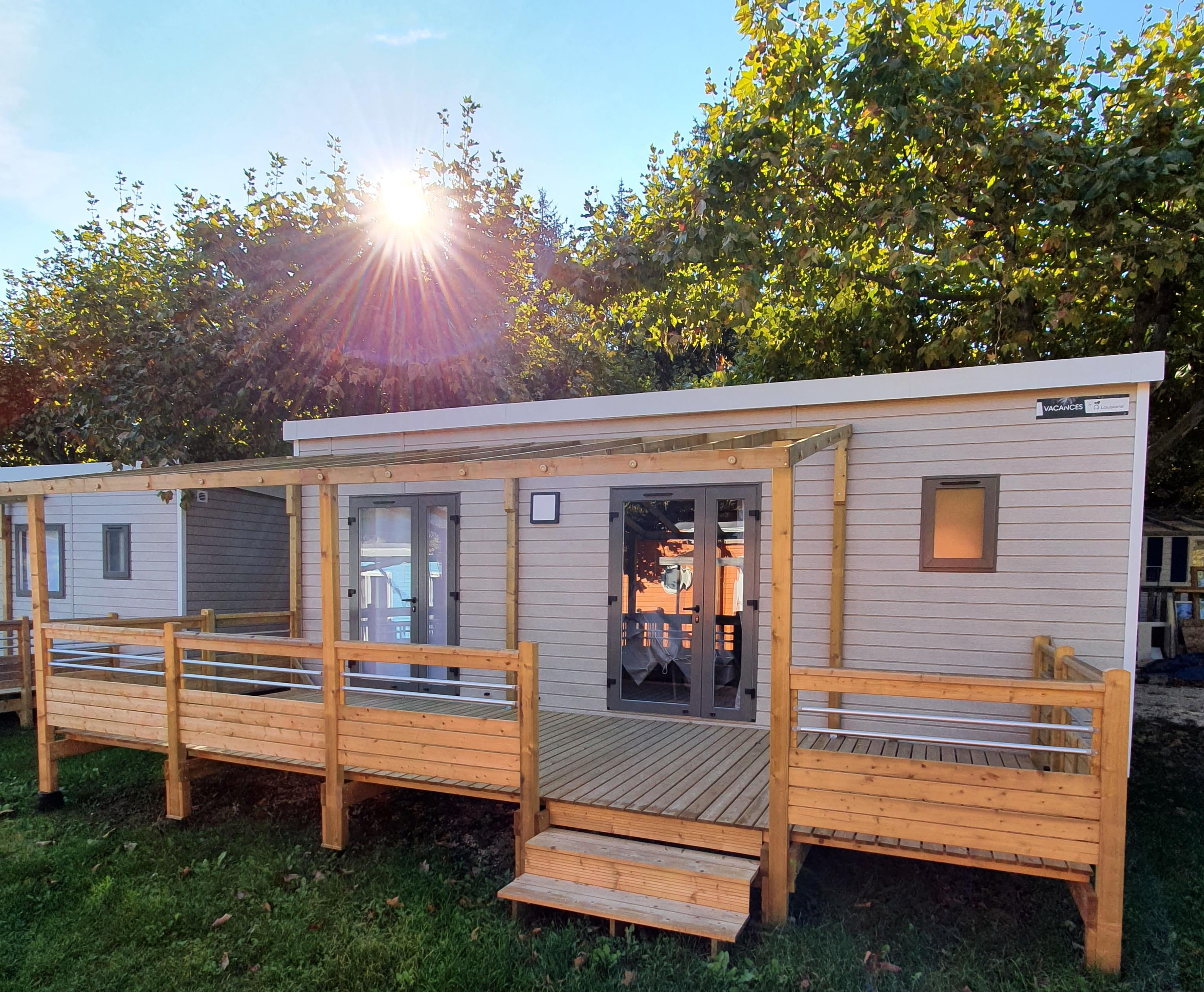 Huuraccommodatie - Mobil Home Confort Louisiane Grand Large 2 Chambres Proche Du Lac - Camping D'Herbelon