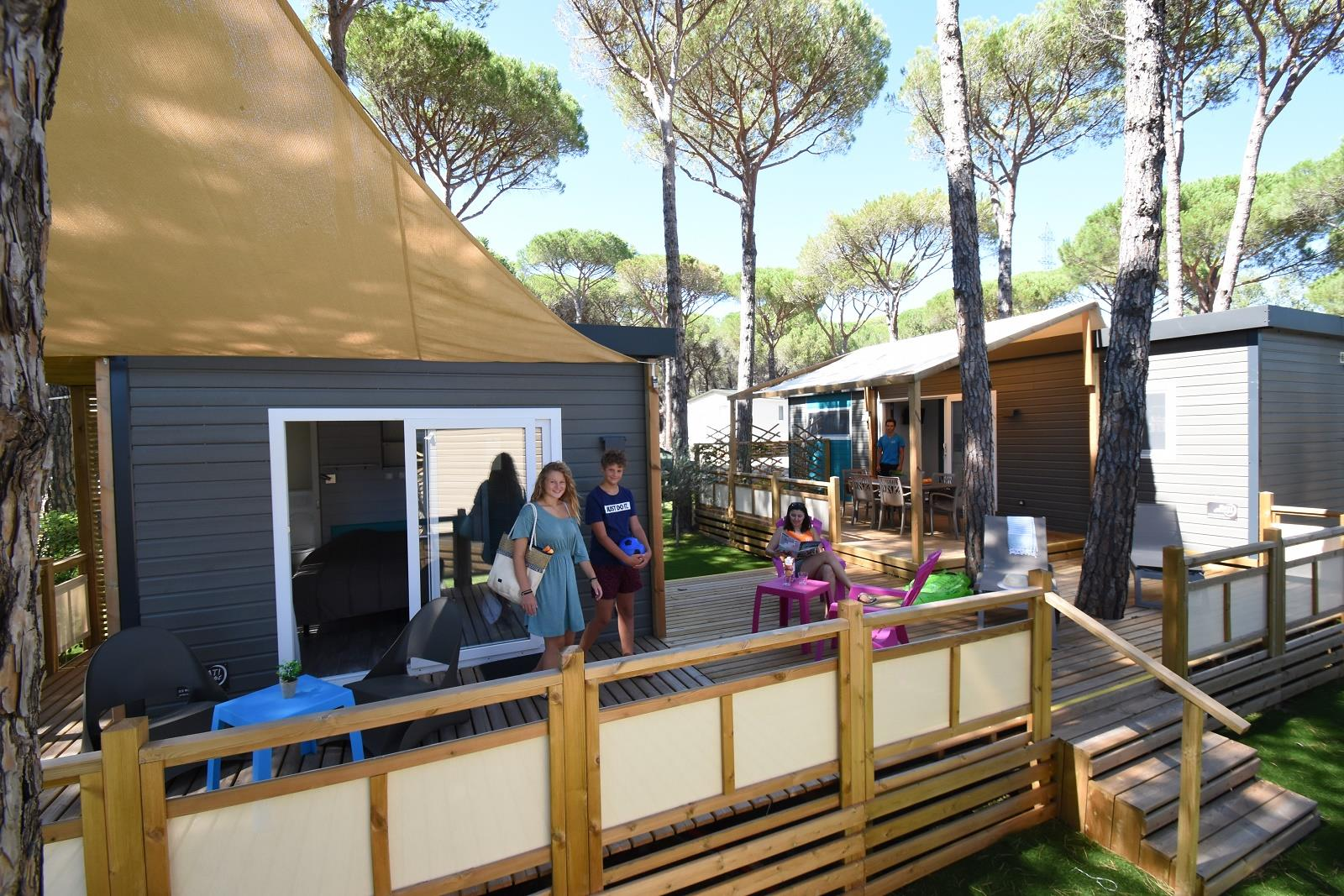 Location - Cottage Samoa Suite Premium Avec Spa - 3 Chambres / Tv / Climatisé - Yelloh! Village la Bastiane