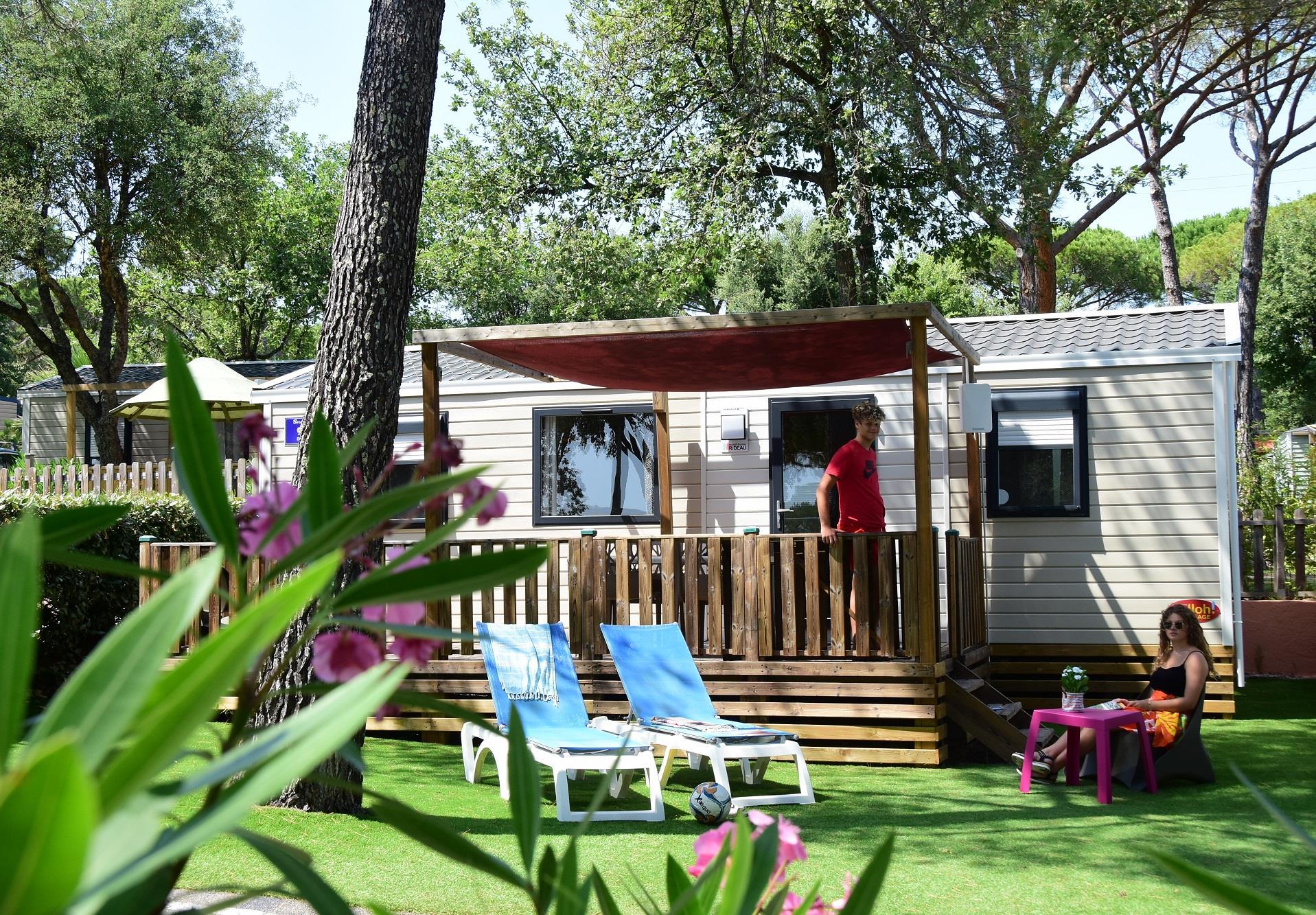 Location - Cottage Bora Bora**** - 2 Chambres / Tv / Climatisé - Yelloh! Village la Bastiane