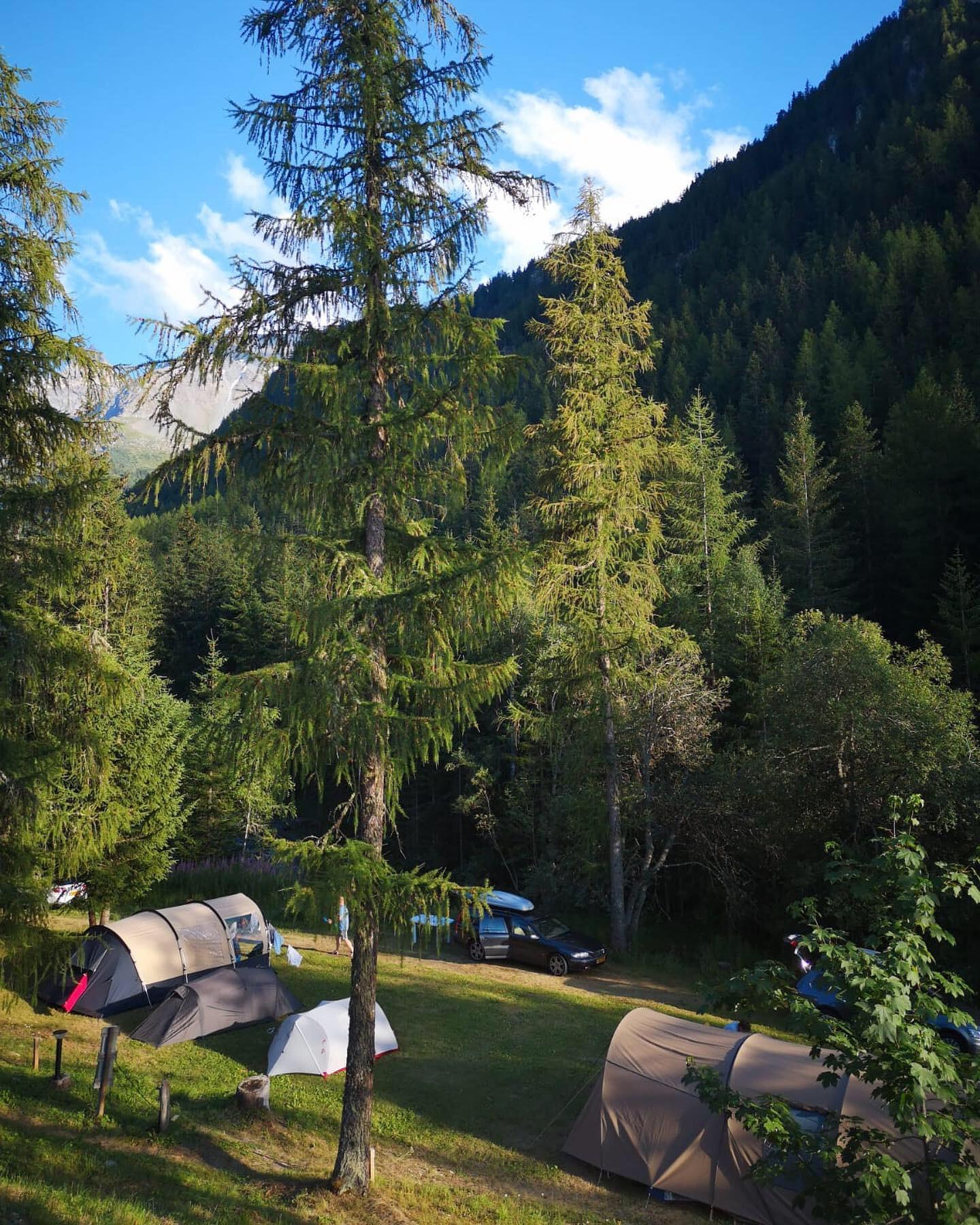 Emplacement - Forfait Randonneur - Camping Les Lanchettes