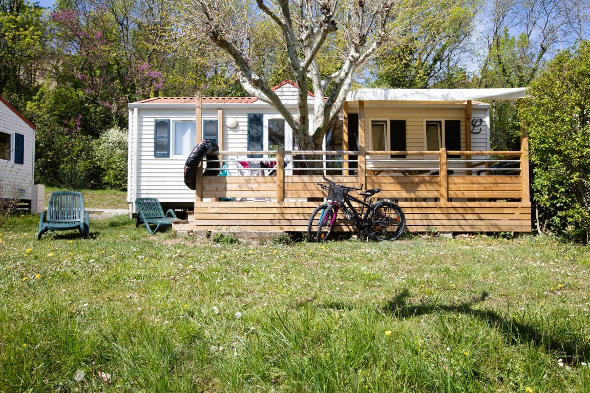 Location - Mobil-Home Grand Confort Bleu 32M² 3Ch. - 6Pers. - Ardèche Camping