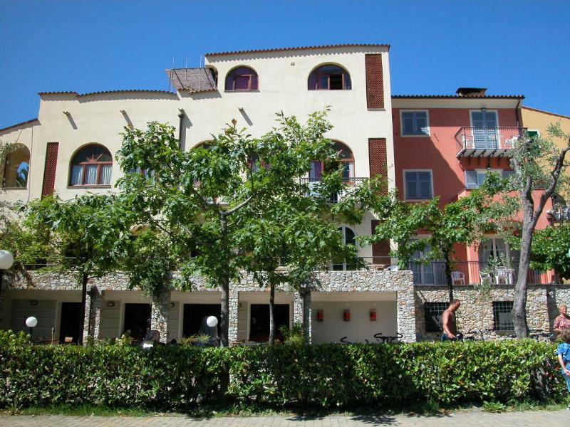Location - Residence (Une Pièce) - Camping Pian dei Boschi