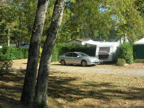 Emplacement - Forfait Confort (1 Tente, Caravane Ou Camping-Car / 1 Voiture / Électricité 10A) - Camping Domaine de Pont Mahé