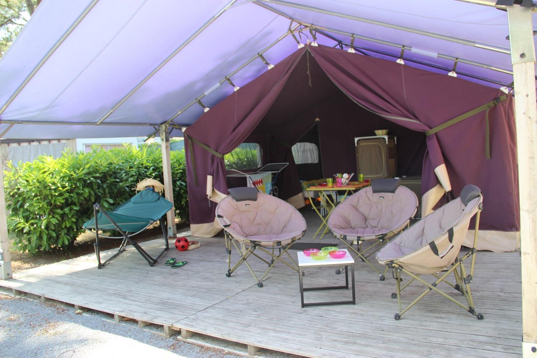 Location - Tente Aloha Confort 37M² (2 Chambres) Dont Terrasse Couverte 13M² - Sans Sanitaires - Camping Domaine de Pont Mahé
