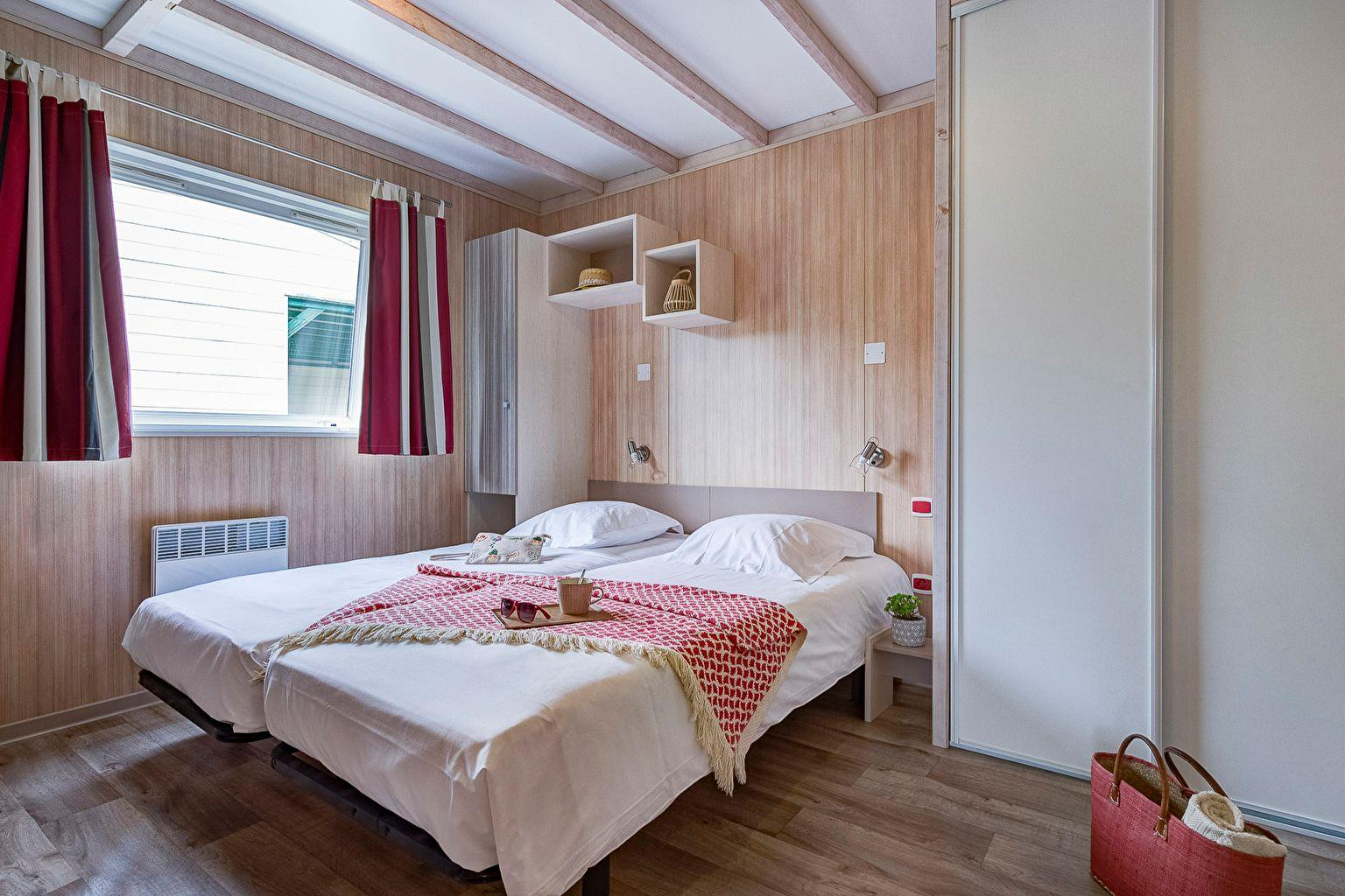 Location - Chalet 2 Chambres Pmr *** - Camping Sandaya Les Alicourts Resort