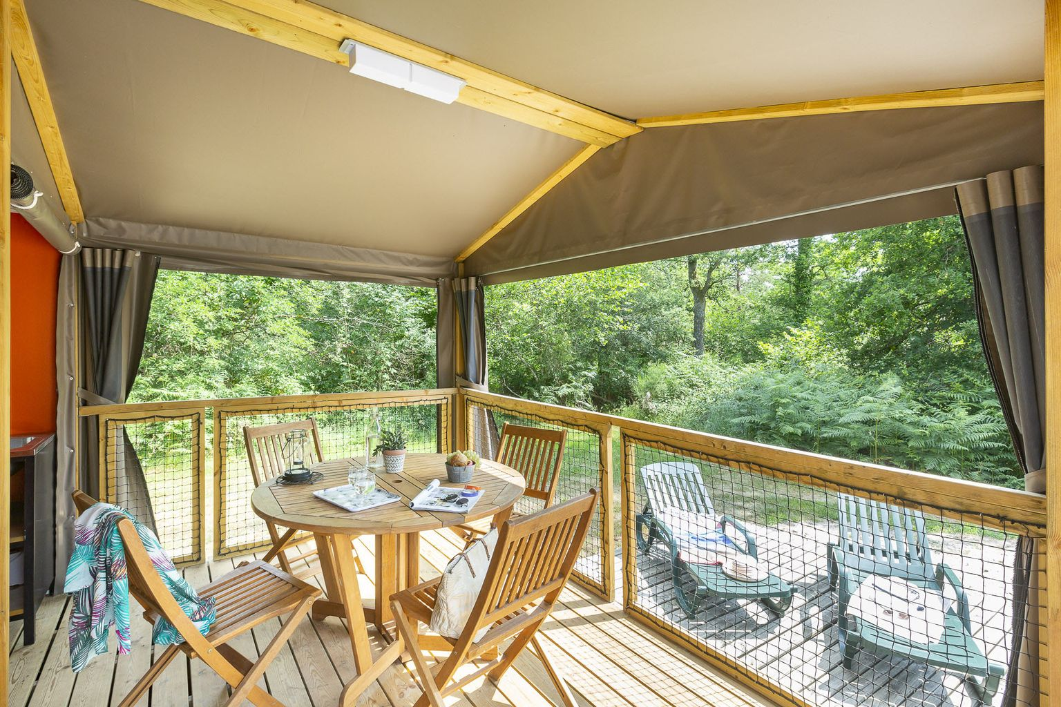 Location - Lodge Forest Camp 2 Chambres *** - Camping Sandaya Les Alicourts