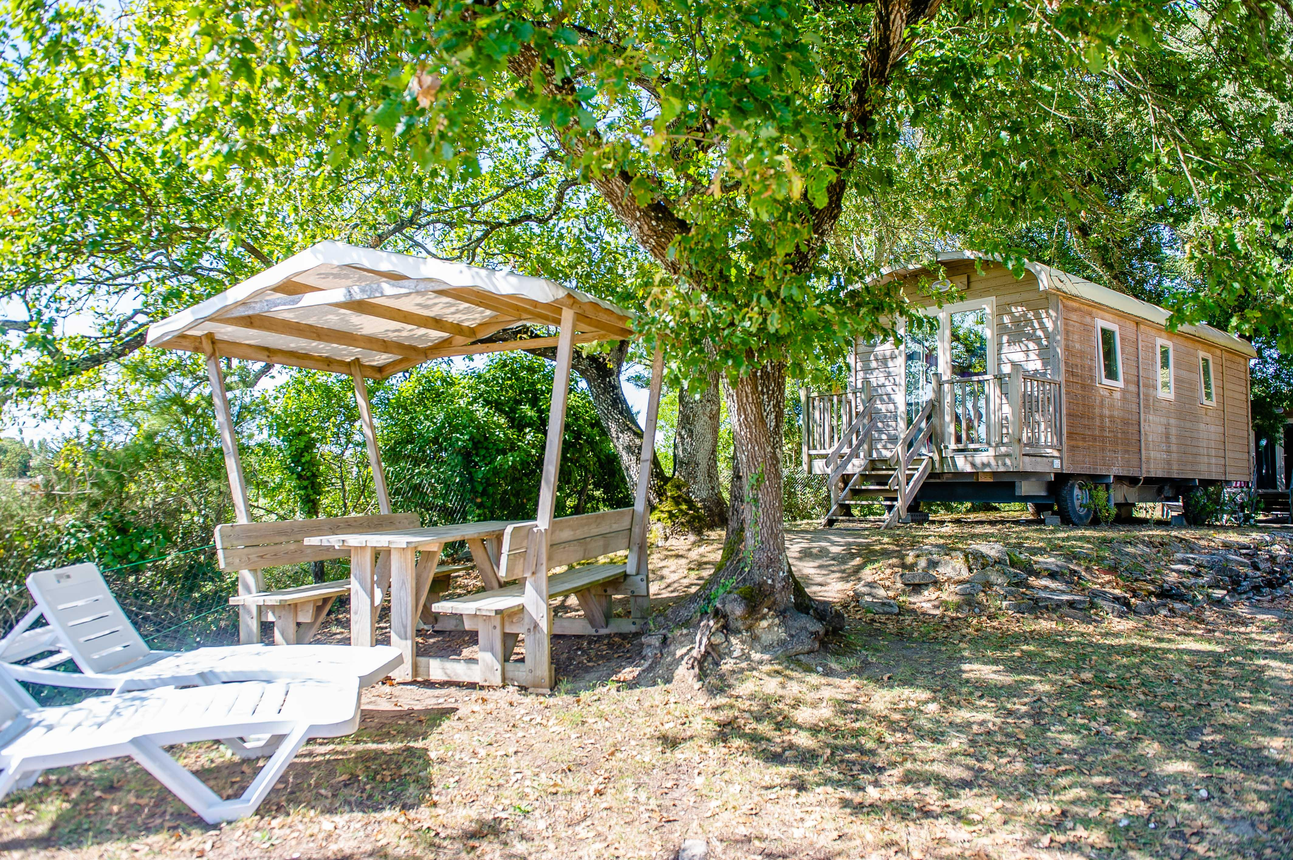 Location - Roulotte Forfait 4 Pers - Camping Airotel Oléron