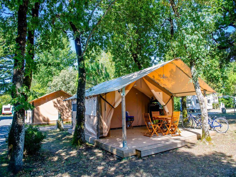 Location - Bungalow Toilé Victoria 2 Chambres 5/5 Pers (M) - Camping Airotel Oléron