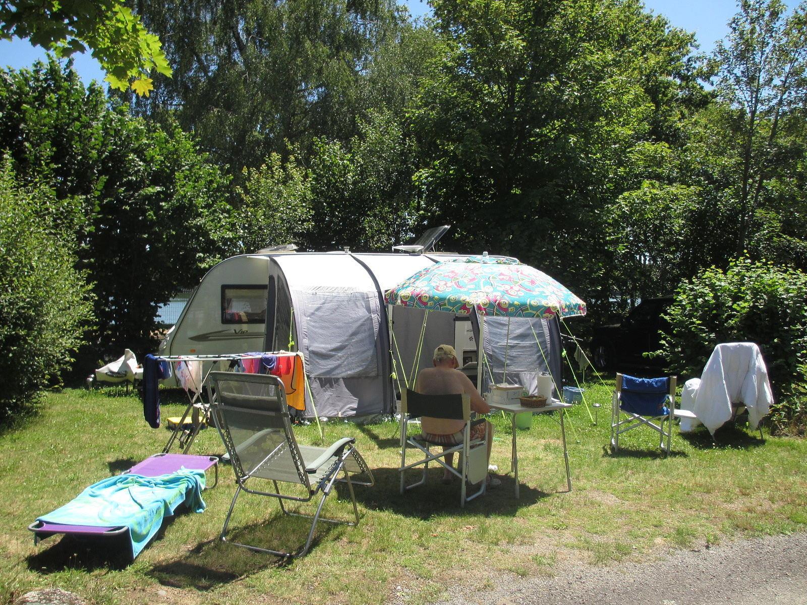 Emplacement - Forfait Nature, Sans Électricité - Camping de Fréaudour