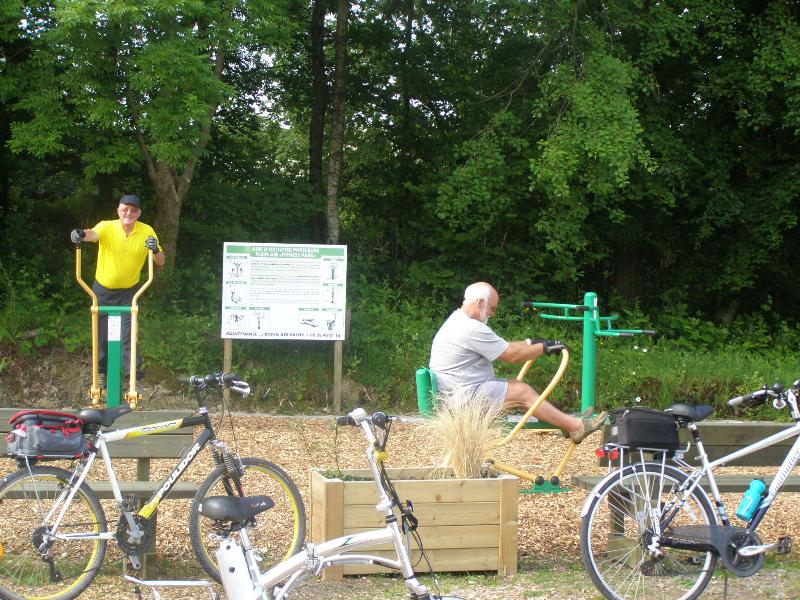 Leisure Activities Airotel Camping Etang Des Haizes - La Haye