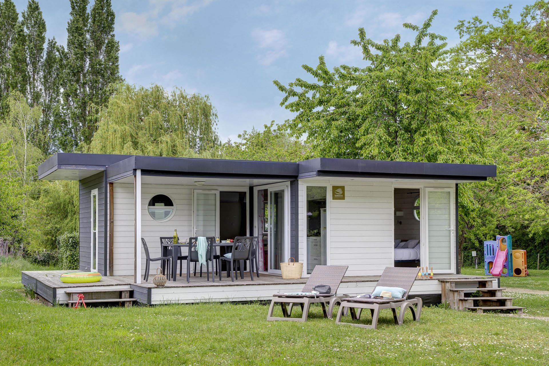 Location - Chalet Newton 2 Chambres 2 Salles De Bain - Clim Premium - Camping Sandaya Le Château des Marais