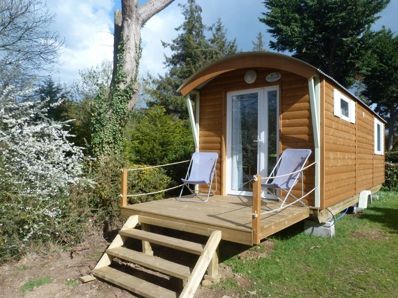 Location - Roulotte 17M² - Camping Le Panoramic