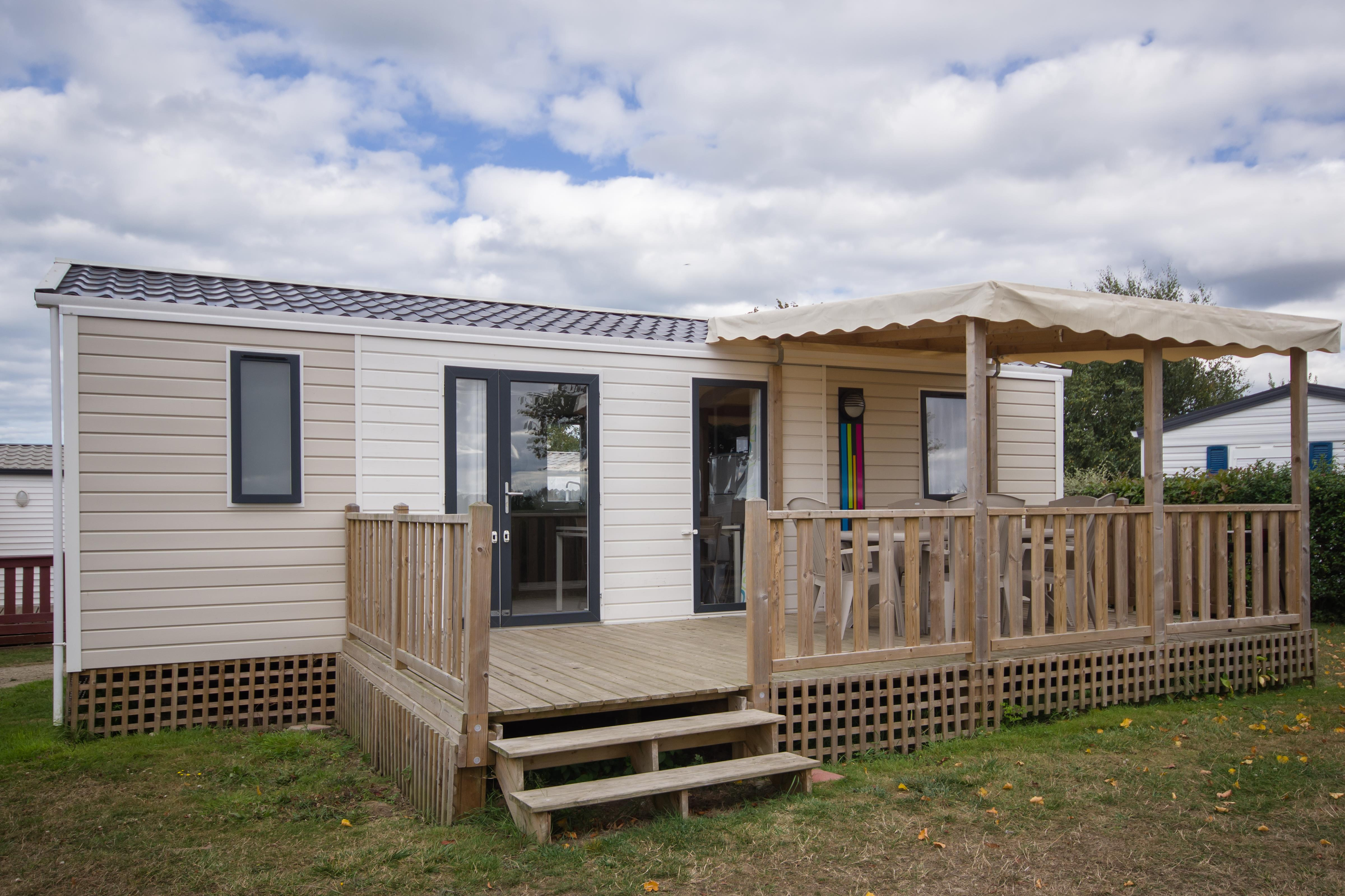 Location - Mobile Home Nirvana 2  32 M² Avec Terrasse Couverte - Camping Le Panoramic