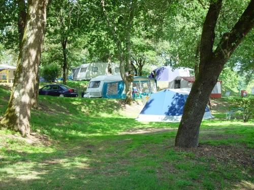 Emplacement - Emplacement Sans Électricité - Voiture - Camping Le Logis du Breuil