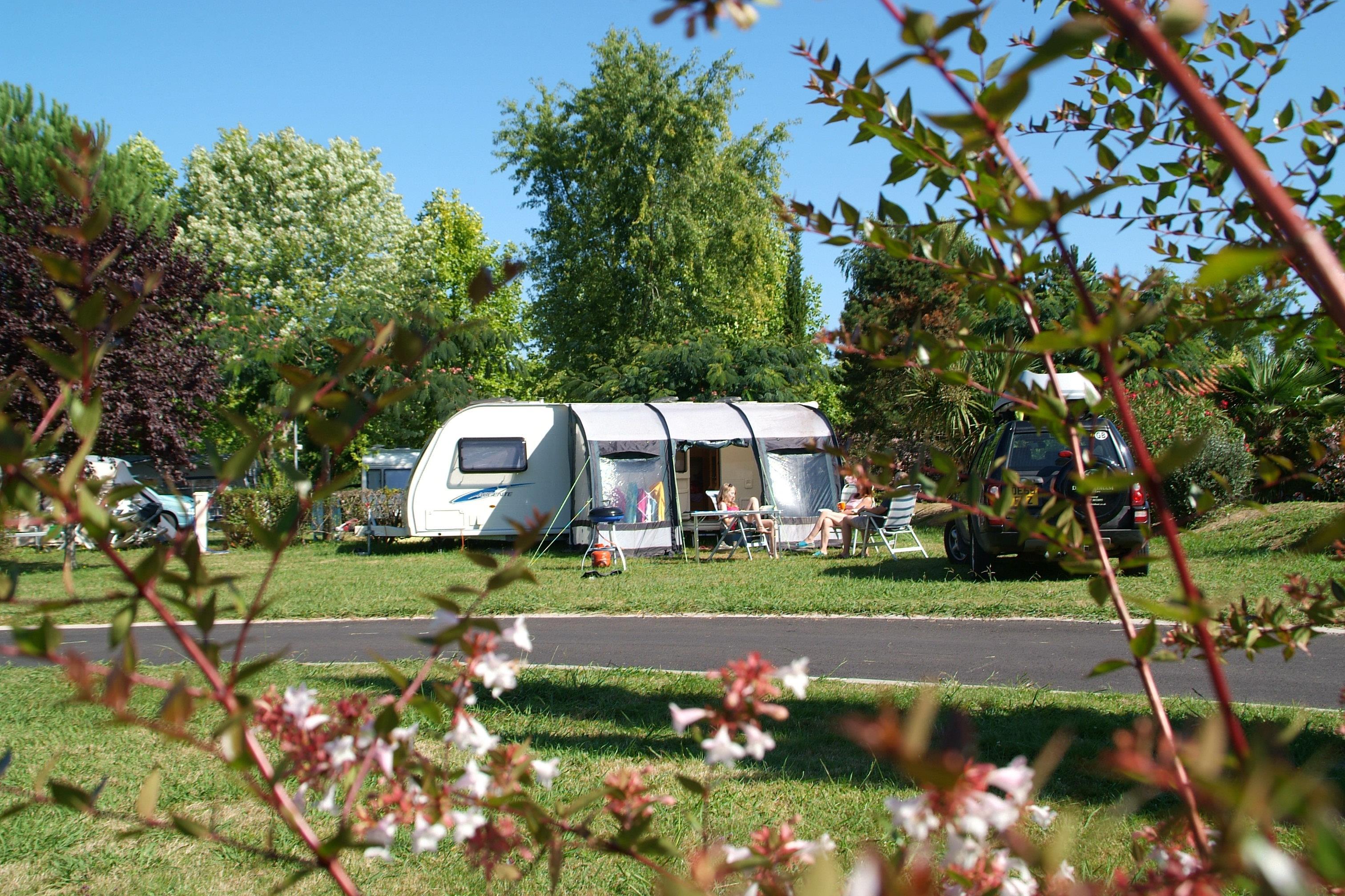Emplacement - Emplacement Xxl - Camping Sites et Paysages Lou P'tit Poun