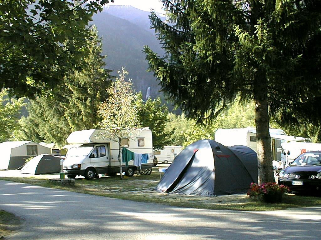 Camping le Champ du Moulin, Vénosc, Isère