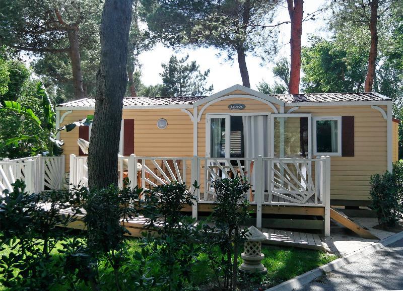 Location - Cottage *** Pour Personne À Mobilité Réduite (2 Chambres) Climatisé - Yelloh! Village Le Brasilia