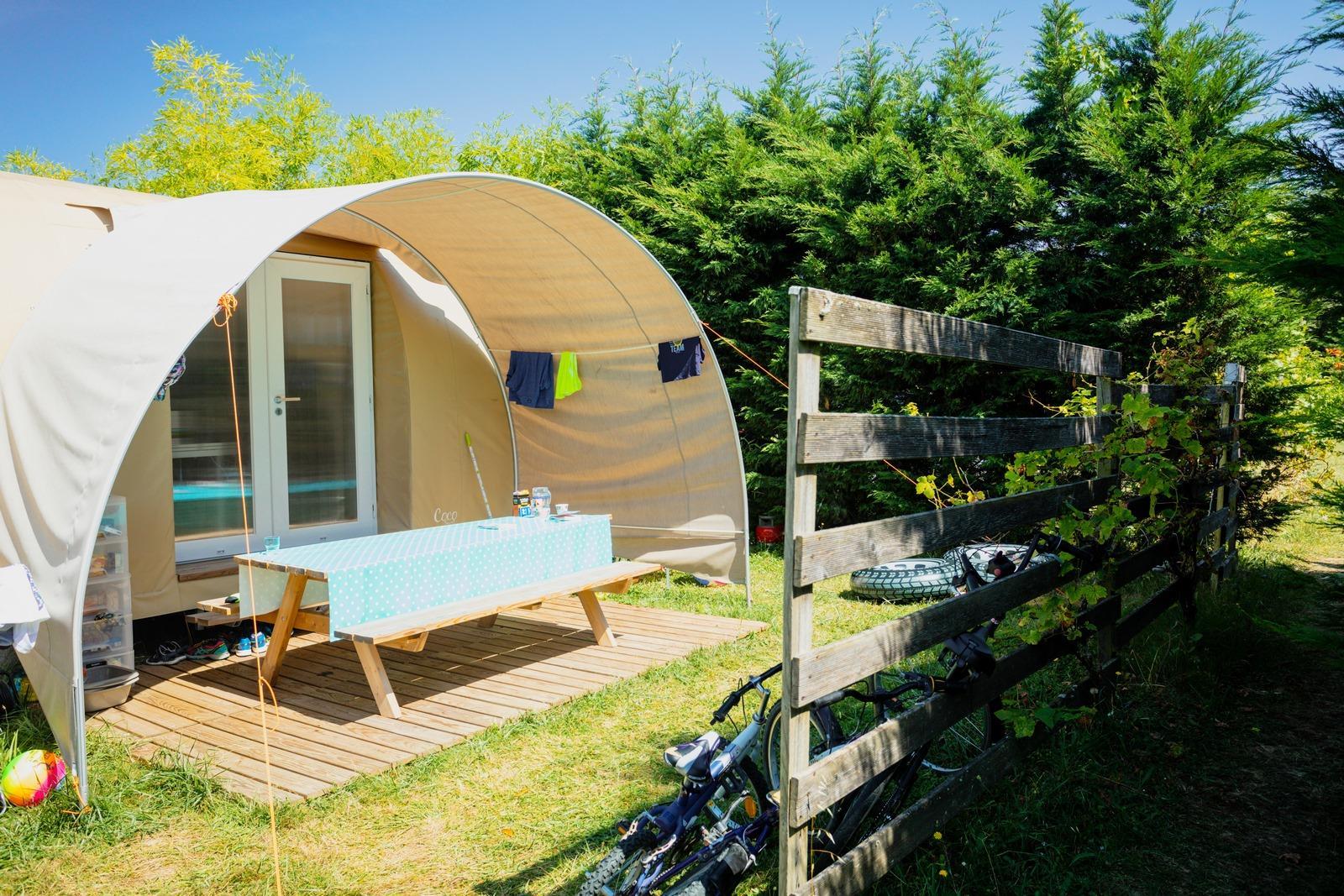 Bungalow Isolé Coco Sweet 17m² 2 chambres + terrasse et auvent (2 Modèles sur le camping)