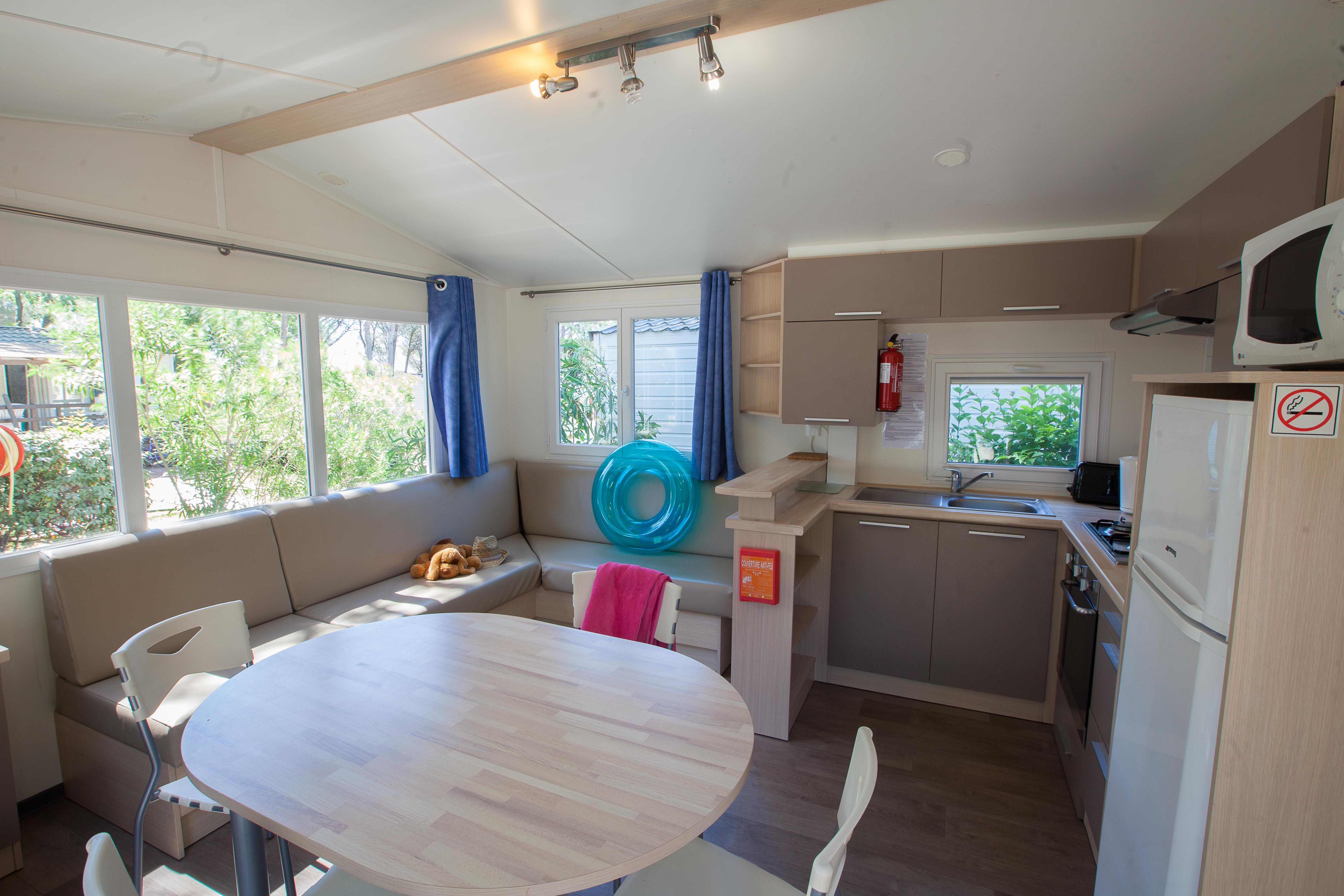 Location - Mobil-Home Les Pins 32 M² - 2 Chambres - Camping La Baume La Palmeraie