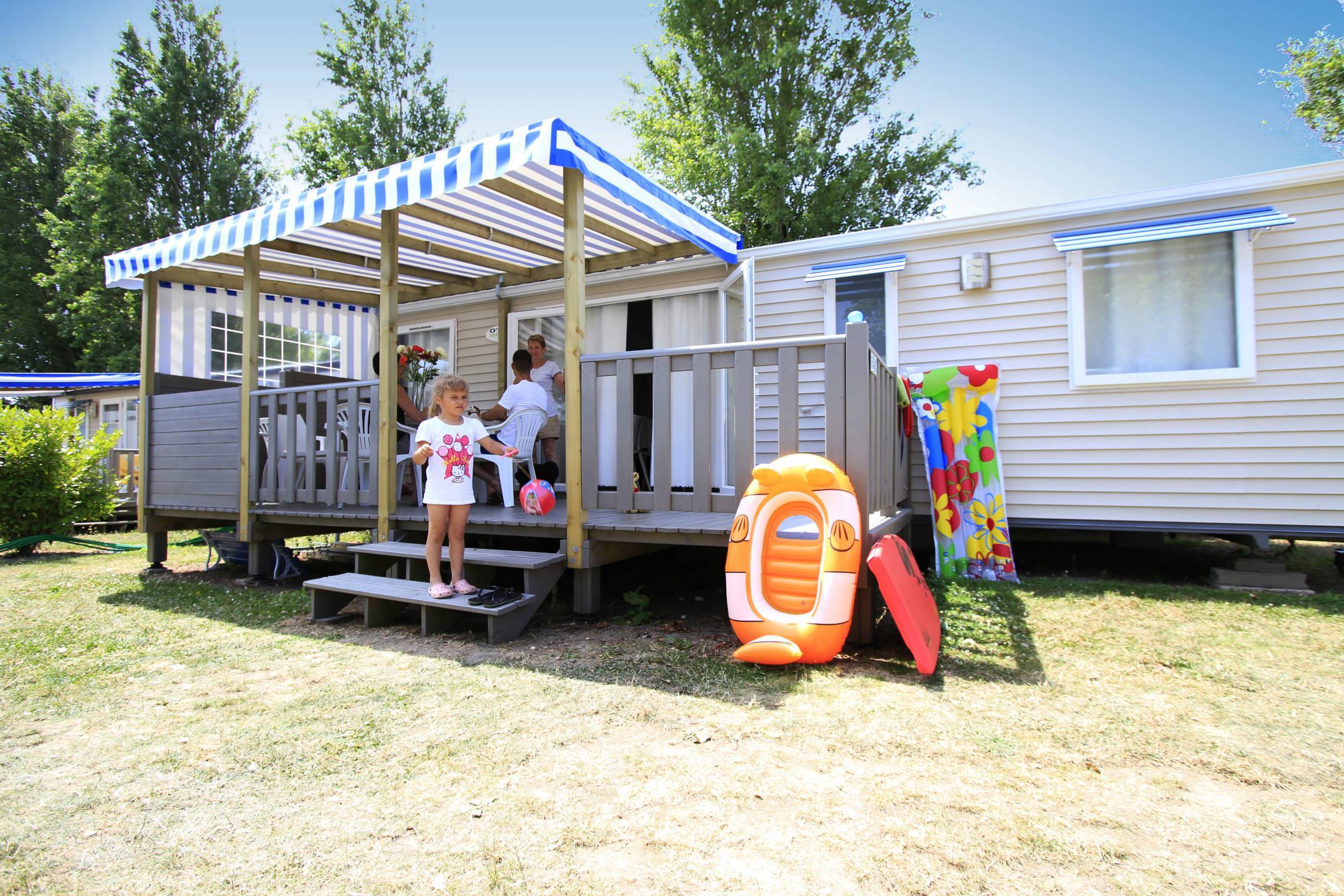 Location - Mobile-Home Prestige 6P. Avec Tv - 3 Chambres - 2 Salles De Bain - Camping Le Moténo