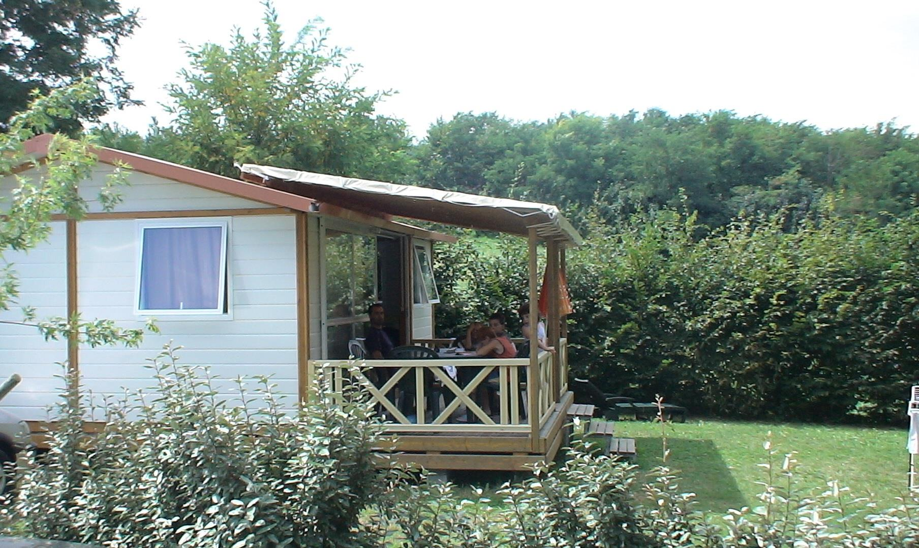 Accommodation - Chalet Eco (3 Bedrooms) 35 M2 + - Covered Terrasse - Flower Camping La Chataigneraie