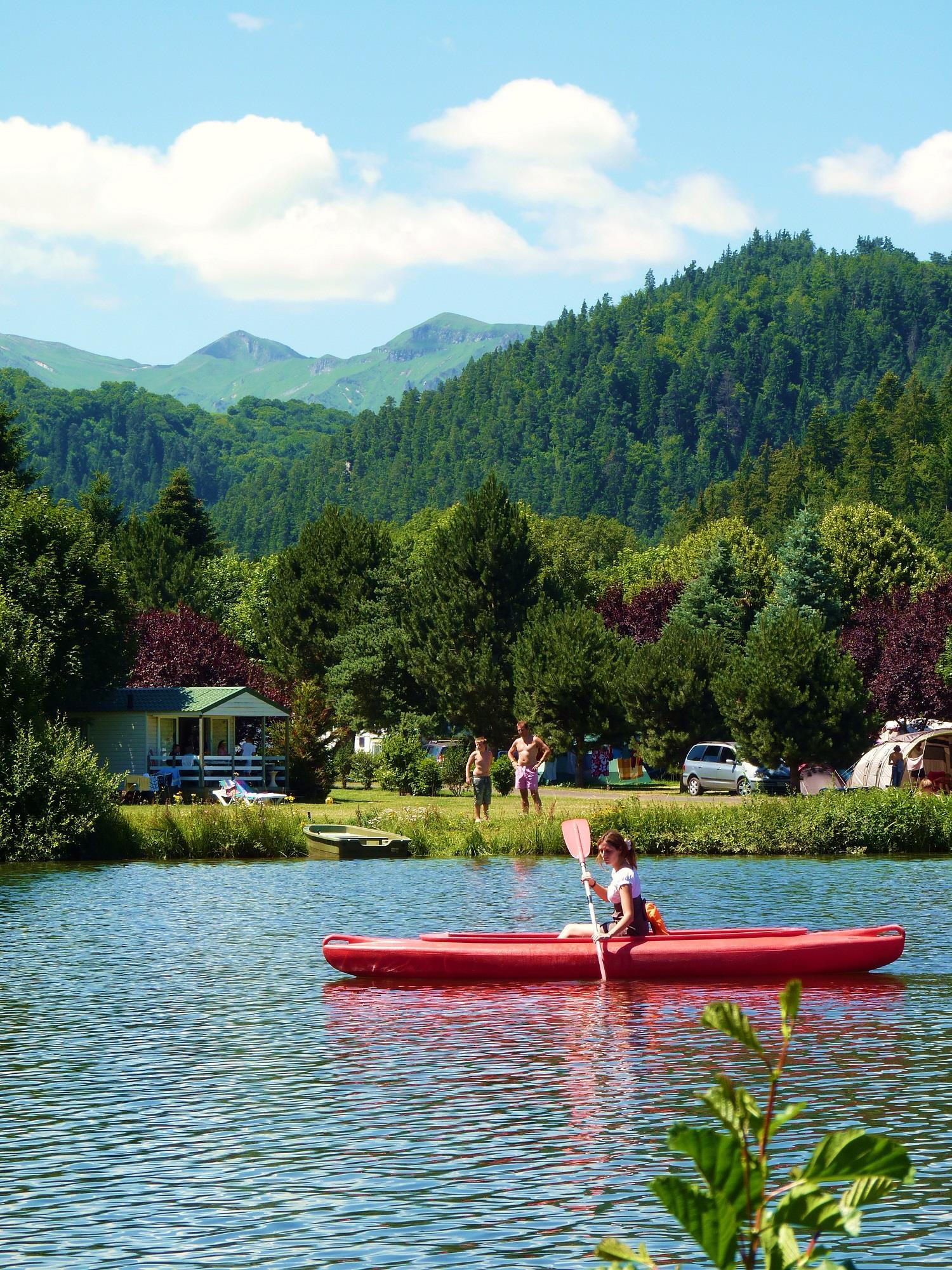 Camping Sandaya la Ribeyre, Murol, Puy-de-Dôme