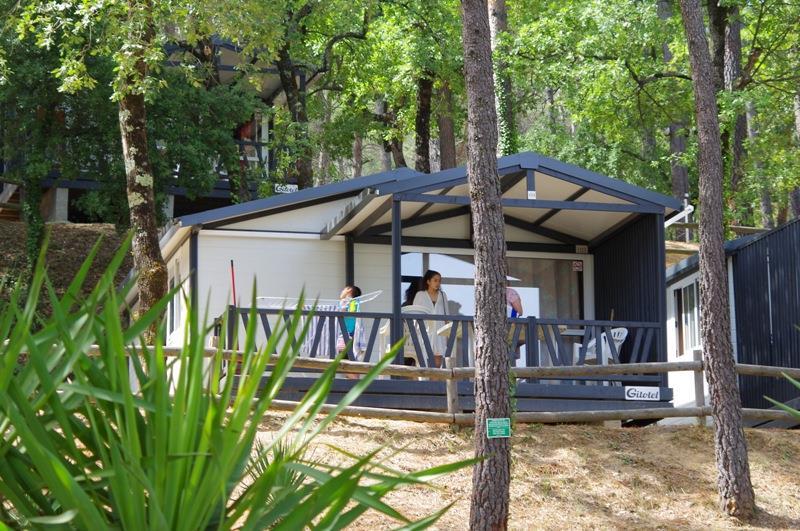 Location - Provence - 2 Chambres - 24M² - Année 2017 - Avec Sanitaire Et Terrasse 12M² (16) - Camping Club Le Ruou